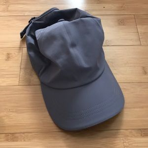 Lululemon Run Hat NEW NEVER WORN!